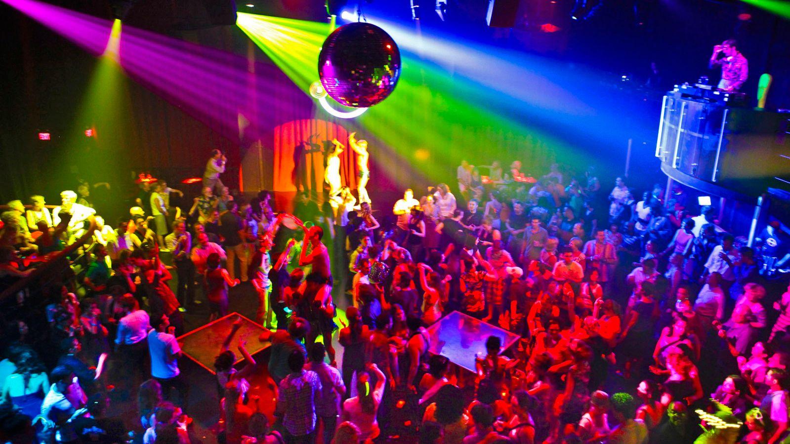 VIP-Club-Tour