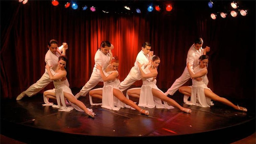 Cargar ítem 4 de 5. Dancers performing at the Rojo Tango Exclusive Dinner and Tango Show in  Buenos Aires