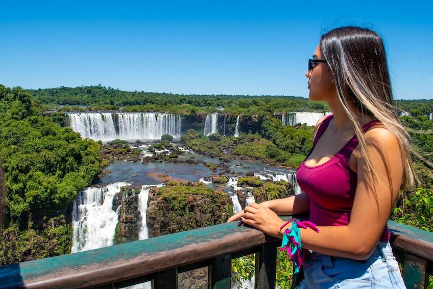 Cargar ítem 1 de 9. Iguazu Falls Tour on the Brazilian & Argentine Sides