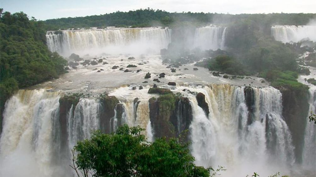 Cargar ítem 4 de 9. Stunning Iguassu Falls in Argentina
