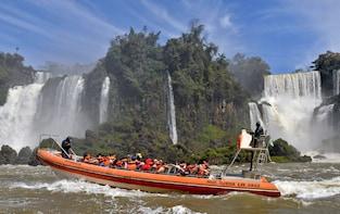 Tour diurno de Iguazú con paseo en barco bajo las cataratas