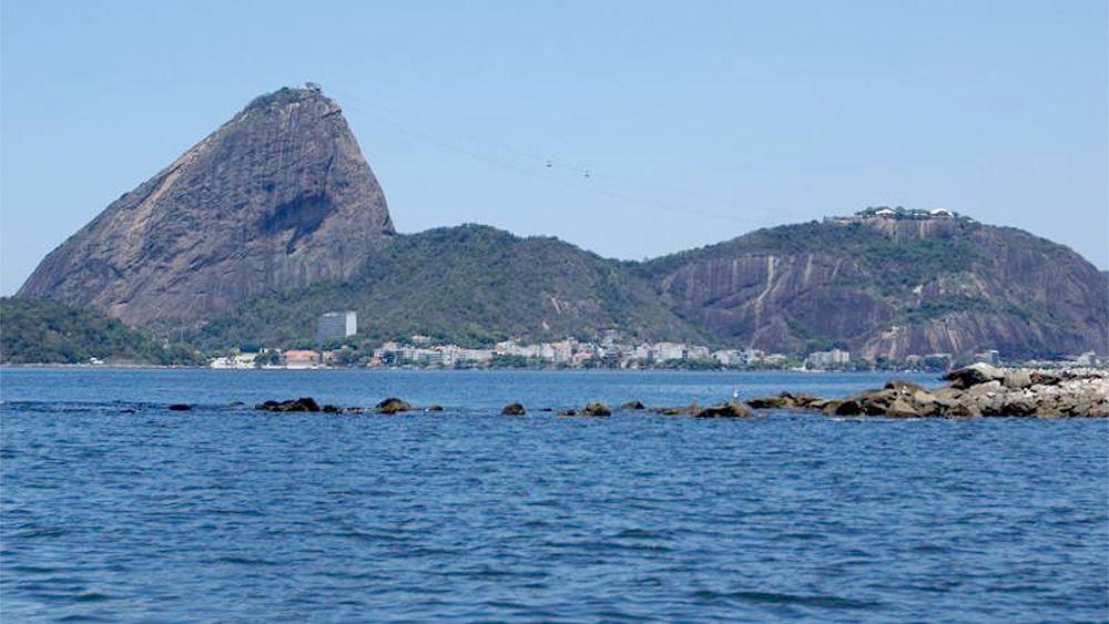 Cruzeiro na Baía de Guanabara com almoço