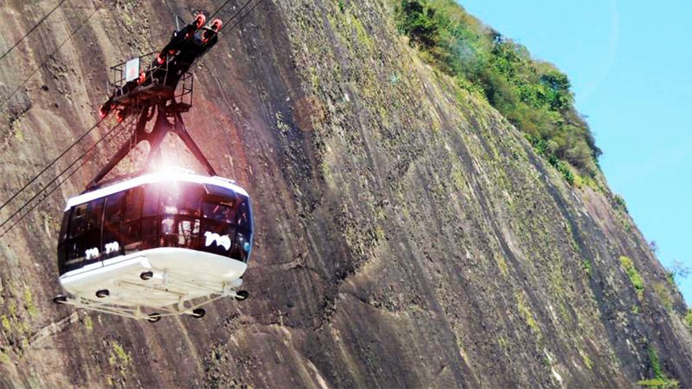 Private Customisable Tour with Corcovado & Sugarloaf