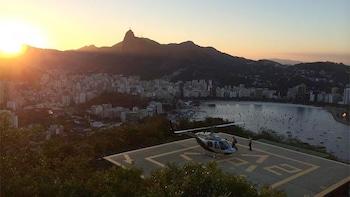 Vol en hélicoptère au départ du Pain de Sucre