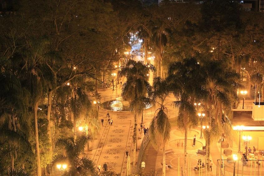 Carregar foto 3 de 10. Curitiba by Night Tour with Dinner