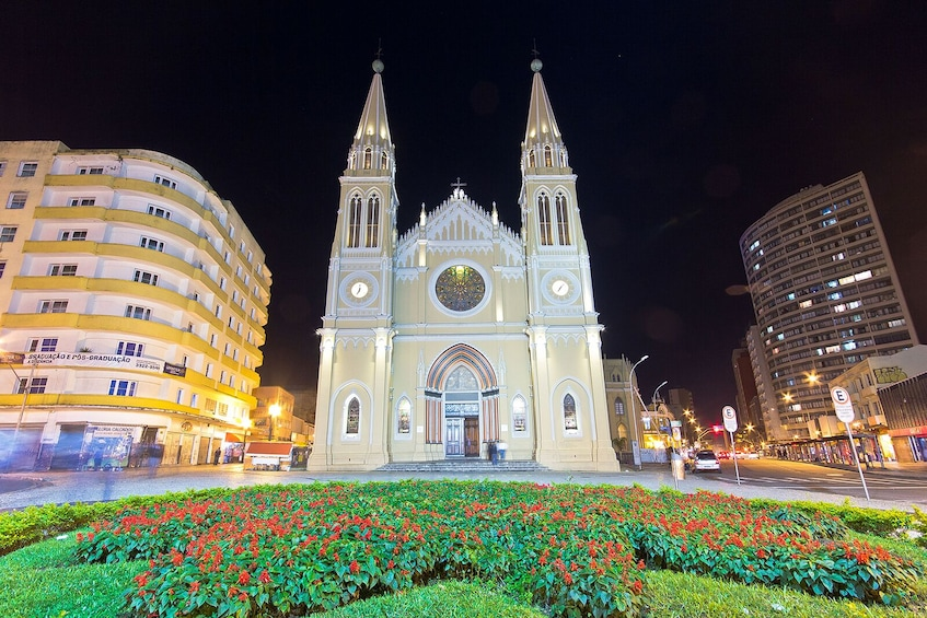 Curitiba by Night Tour with Dinner