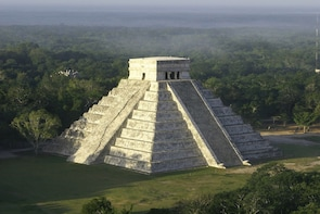Chichen Itza Deluxe with Exclusive Entrance & Cenote Tsukan
