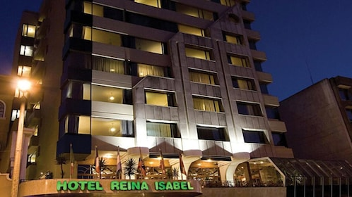 Reina Isabel Hotel in Quito