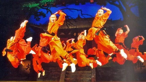 kung fu performers in beijing