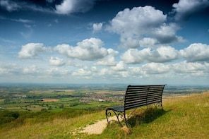 Cotswold Way National Trail South Route (7 days, 6 nights)