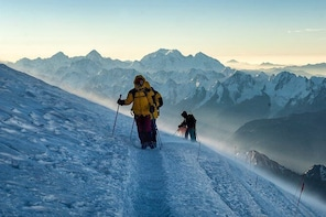8-Day Mount Elbrus Climbing Tour from Mineralnye Vody