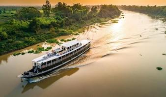 3-Day Phnom Penh Chau Doc Can Tho Saigon-Mekong Eyes Cruise
