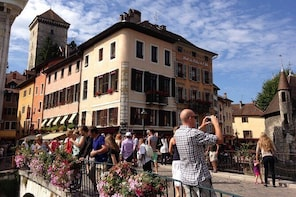 Gourmet Guided Tour in Annecy