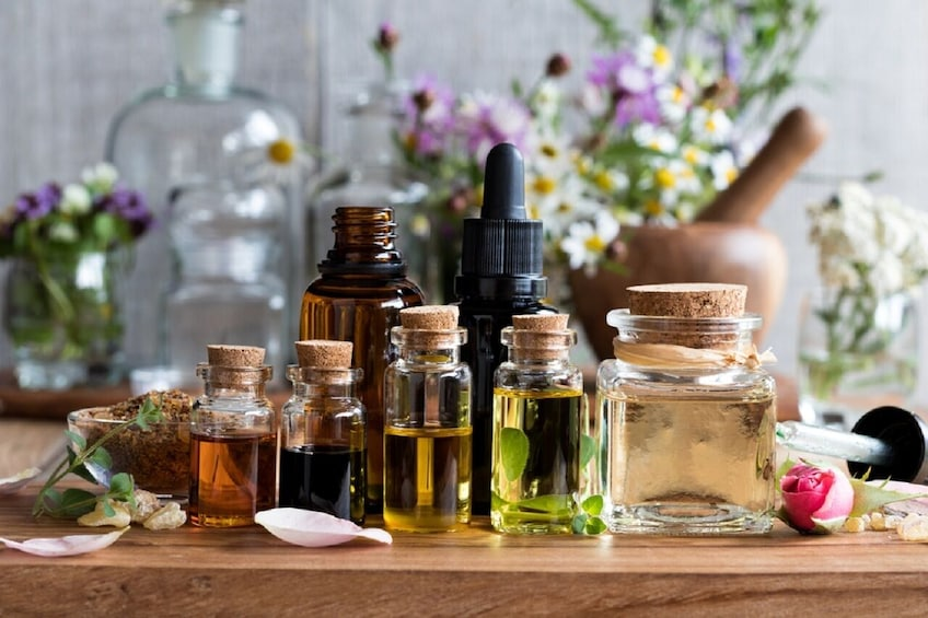 Show item 2 of 4. Virtual Perfume Masterclass: The Italian Scents at Your Home
