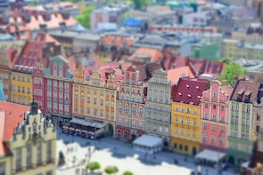 Wroclaw: Discover Old Town Small Group Tour