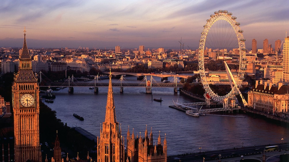 Öppna foto 3 av 10. Merlin's Magical London Pass: 5 Attractions inc. London Eye, Madame Tussauds & SEA LIFE