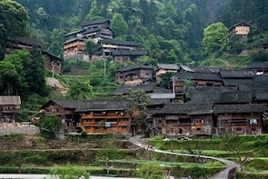 Private 2-day Tour:Visit Miao villages and learn about local traditional cr...