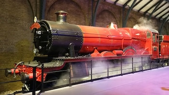 Harry Potter's 8-Day Private English Course and London Tour