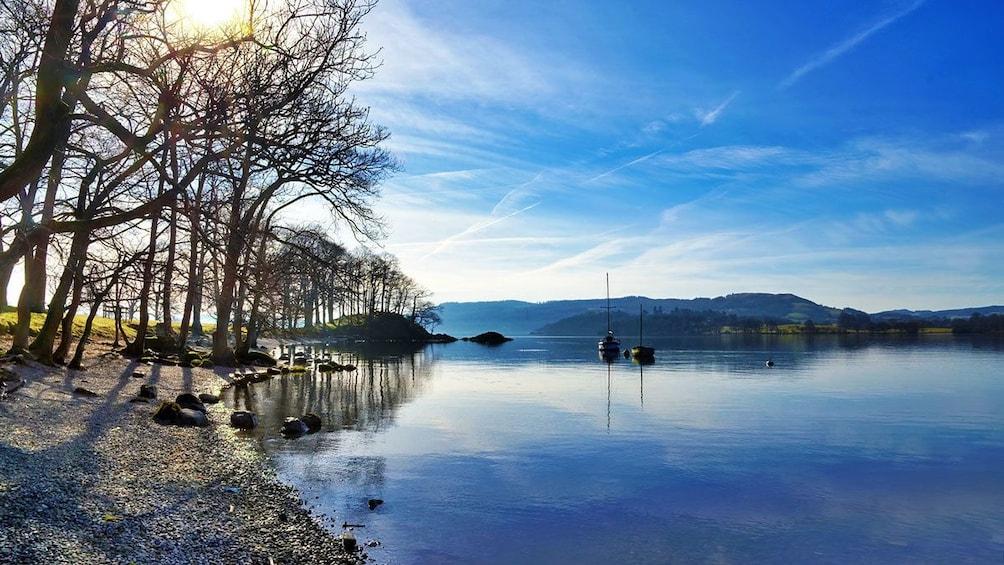 Charger l'élément 1 sur 10. Day view of Lake District