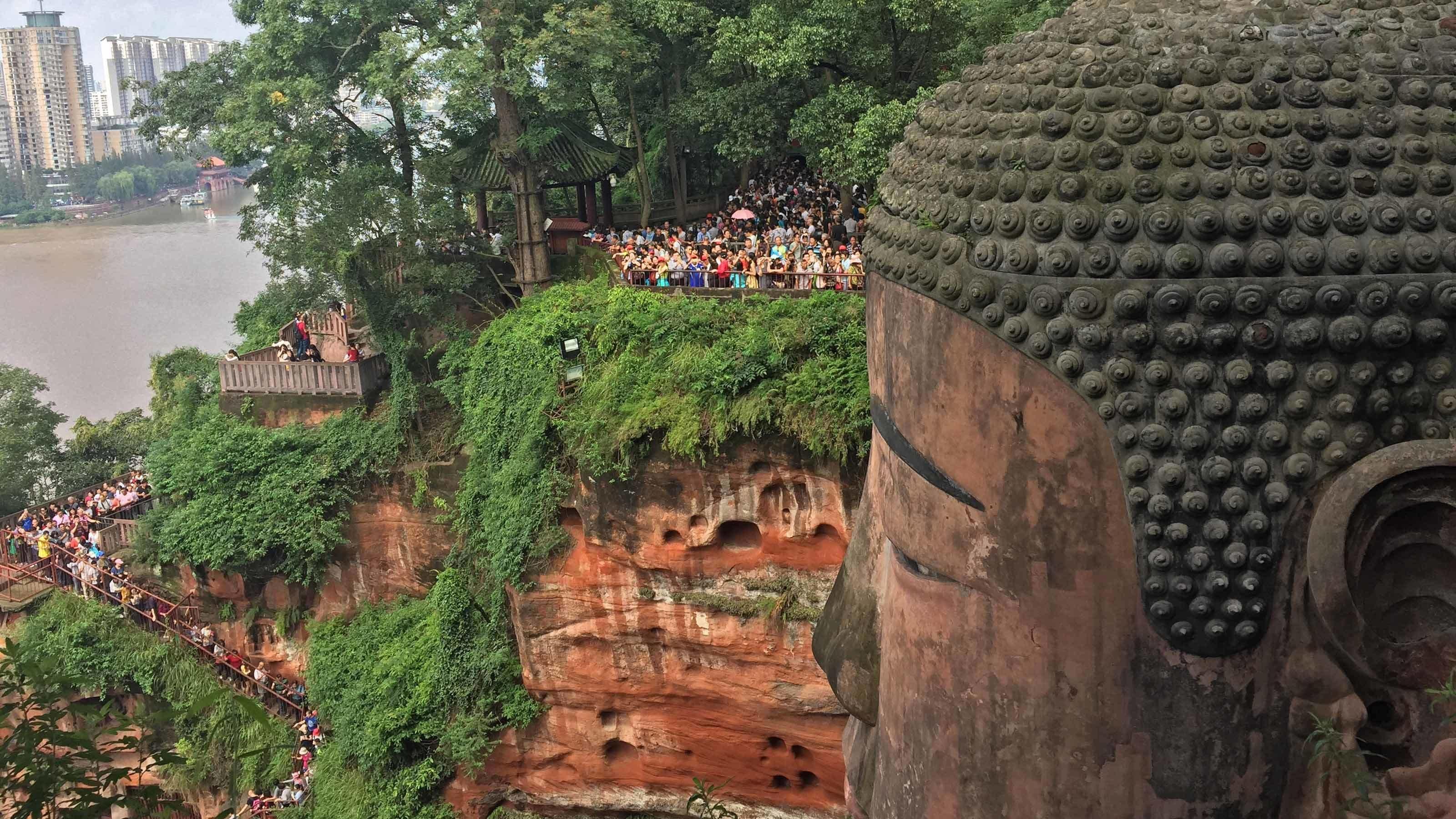 buddha statue in china