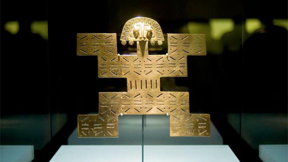 Carregar foto 4 de 4. View of Gold Museum in Colombia