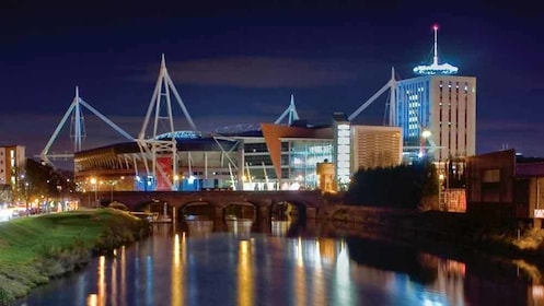 night scene in cardiff