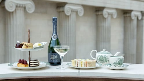 Afternoon tea and biscuits at the British Museum