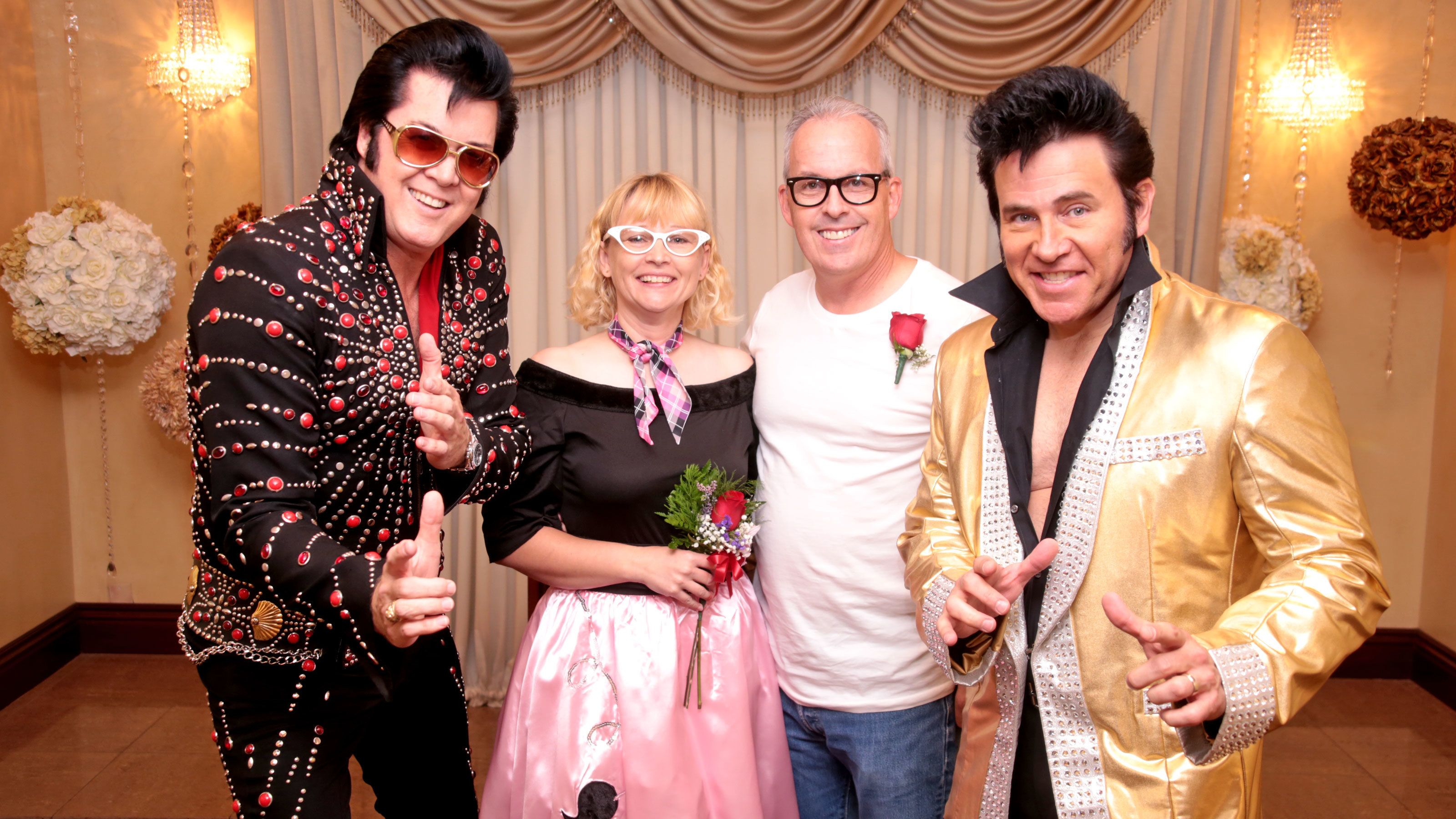 Dueling Elvis Wedding at Graceland Wedding Chapel