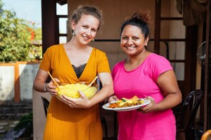 Live Online Experience - Cook Sri Lankan Curry