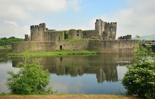 2-Day Private Wales Tour to Cardiff and Aberfan from London