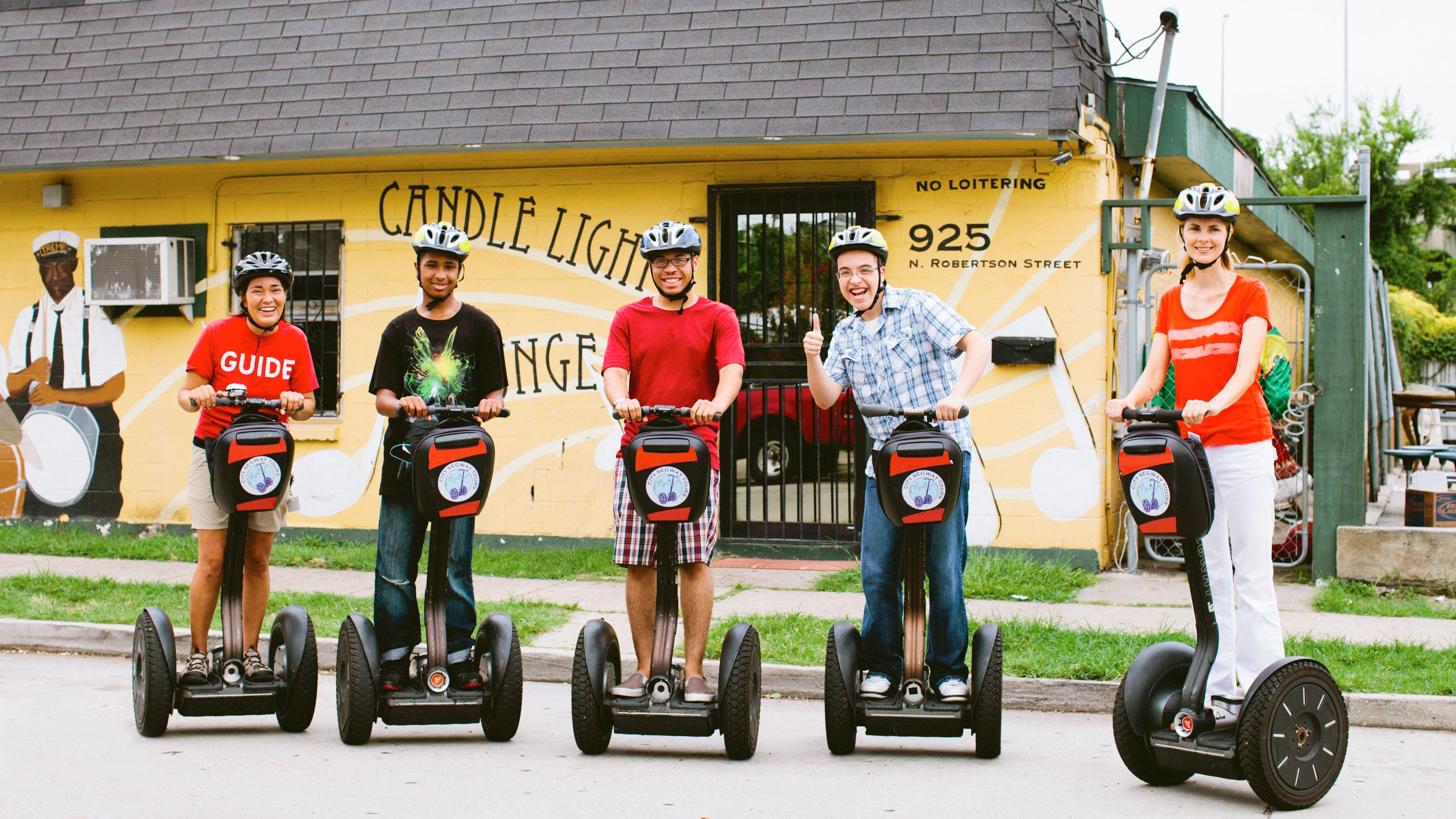 Group on the New Orleans Express Segway Tour