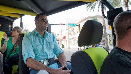 jeep passengers being shuttled around town in Miami