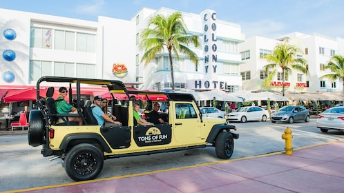long jeep vehicle with passengers in Miami