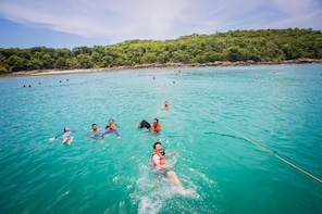Koh Samed Islands Luxury Boat Day Tour from Pattaya