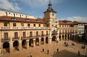Private Cultural Tour of Oviedo with Pickup