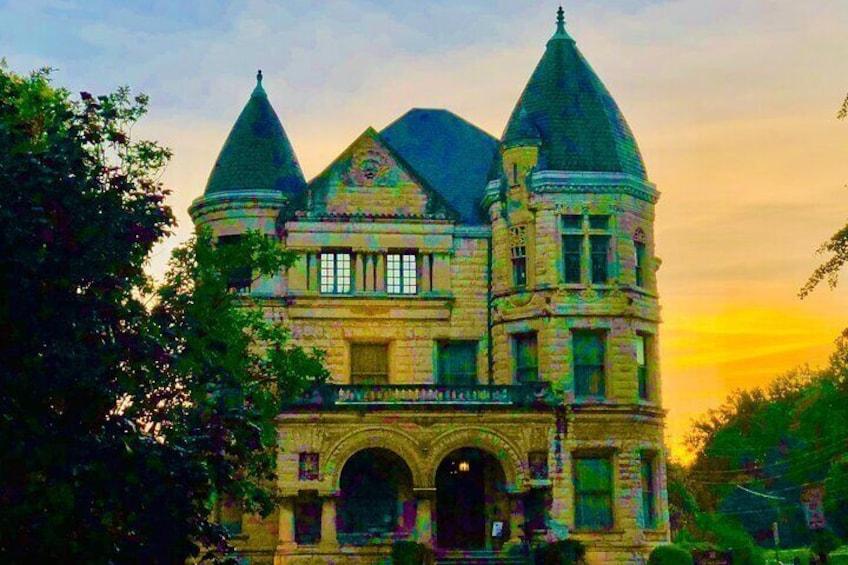 A Richardsonian-Romanesque castle