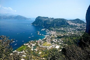 """Guided tour """"Love stories of Anacapri"""""""
