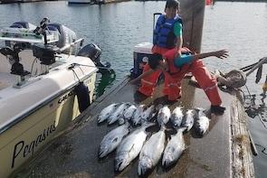 Seattle Salmon Guided Fishing Trip