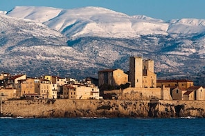Take you on an unforgettable trip around Cannes and Antibes