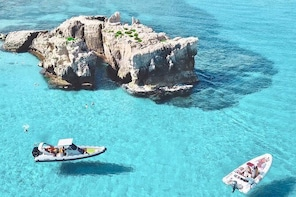 Discover Coast of the Gods! Top boat tour in Tropea. Boat Covid Free