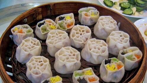 steamed dumplings in Xi'an