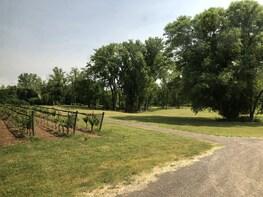 Hop On Hop Off Niagara Region and Wine Trail Tour