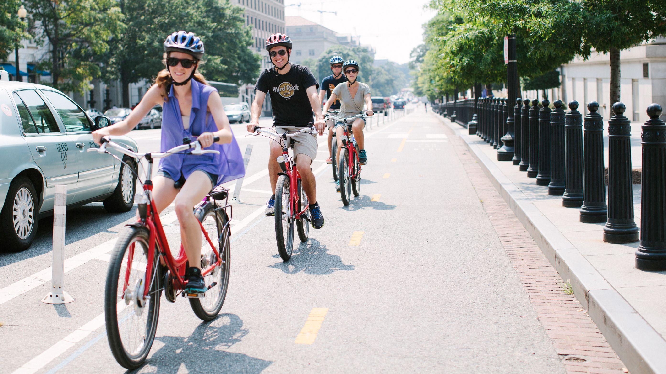Arlington Cemetery & Memorials Bike Tour