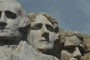 The Black Hills, Mt. Rushmore, and Deadwood VIP Day Tour from Rapid City