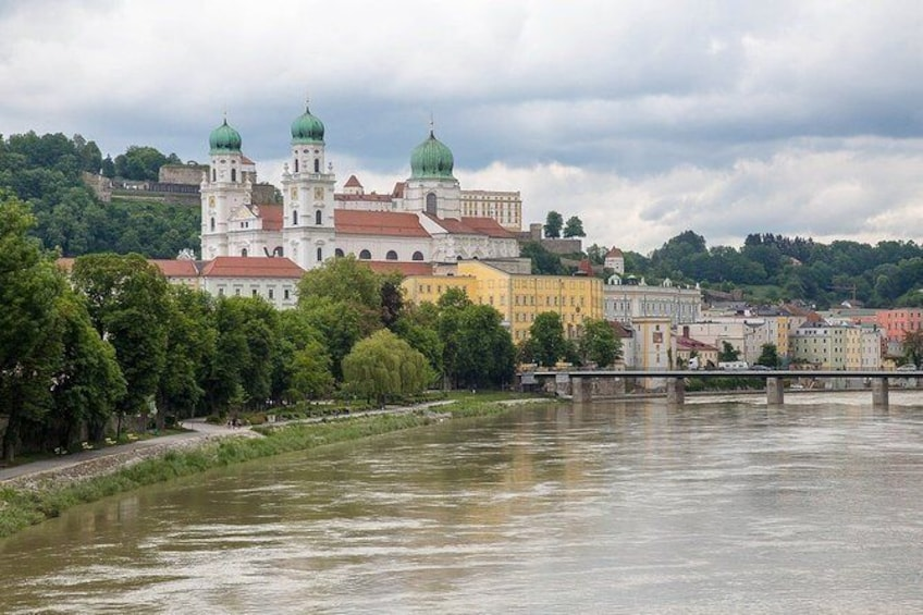 Show item 1 of 4. The best of Passau walking tour