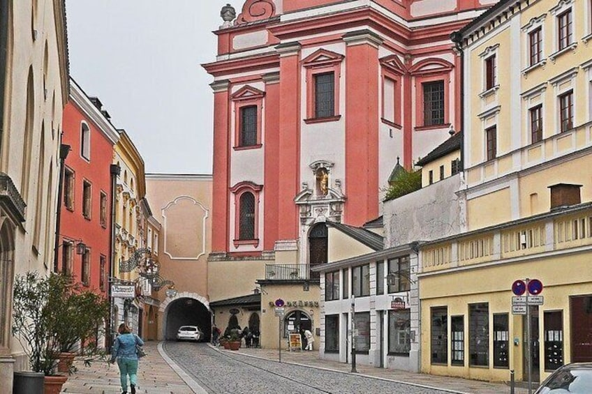 Show item 4 of 4. The best of Passau walking tour