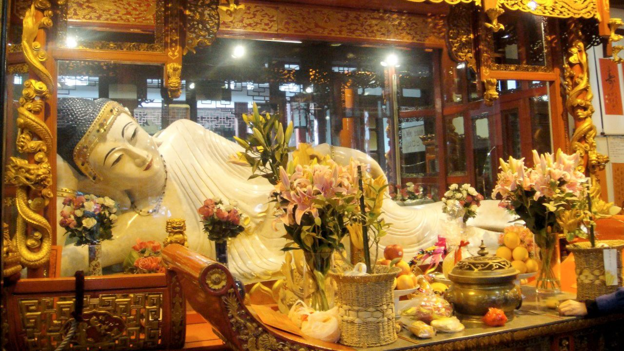 View inside the Jade Buddha Temple in Shanghai