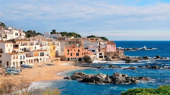 Small-Group Full-Day Trip to the Costa Brava