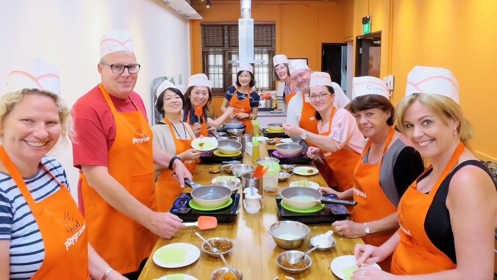 Show item 5 of 9. Cooking class in Singapore