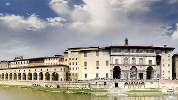 Biglietti per la Galleria dell'Accademia e Galleria degli Uffizi con ingres...